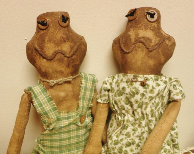 Frog Doll Couple | Primitive Dolls | Spring Decor