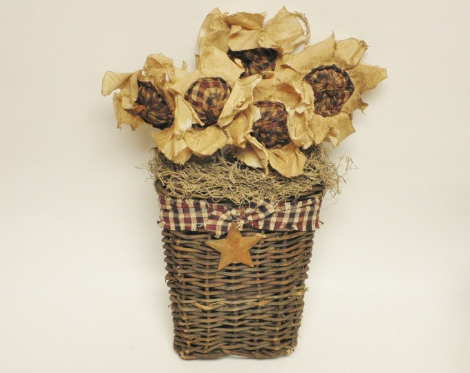 Patriotic Wall Basket, Primitive Americana Flowers, Country Farmhouse Wall Decor