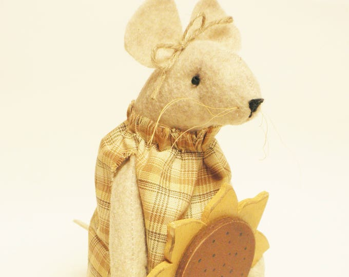 Primitive Sunflower Mouse - Made To Order | Handmade Mouse | Fall Mice Decor