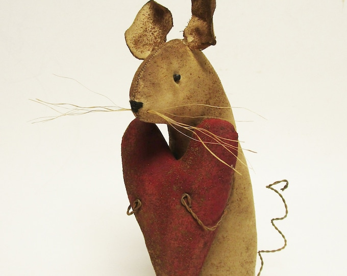 Extreme Primitive Heart Mouse - Made To Order | Primitive Valentine's Day Decor | Country Farmhouse Mouse Decor