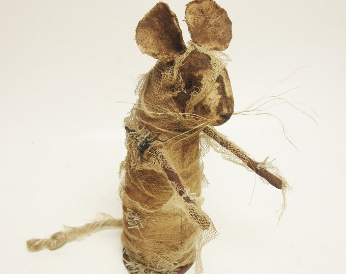 Primitive Mummy Mouse | Halloween Mouse | Handmade Mouse Decor
