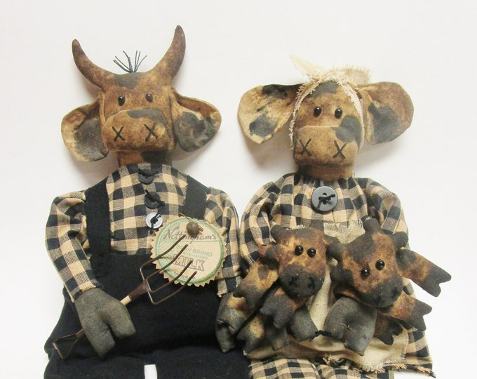 Primitive Cow Family, Holstein Cows, Handmade Cows, Primitive Dolls