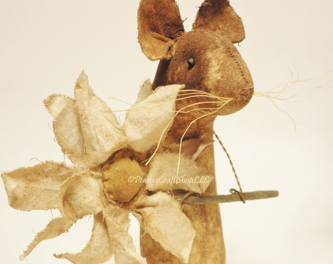 Extreme Primitive Daisy Mouse - Made To Order | Primitive Mouse | Country Farmhouse Spring Decor