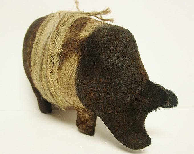 Hampshire Pig, Primitive Pot Belly Pigs, Handmade Pigs
