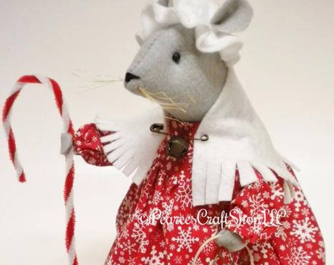 Christmas Mouse - Made To Order | Primitive Mouse Christmas Decor | Handmade Mouse Decor