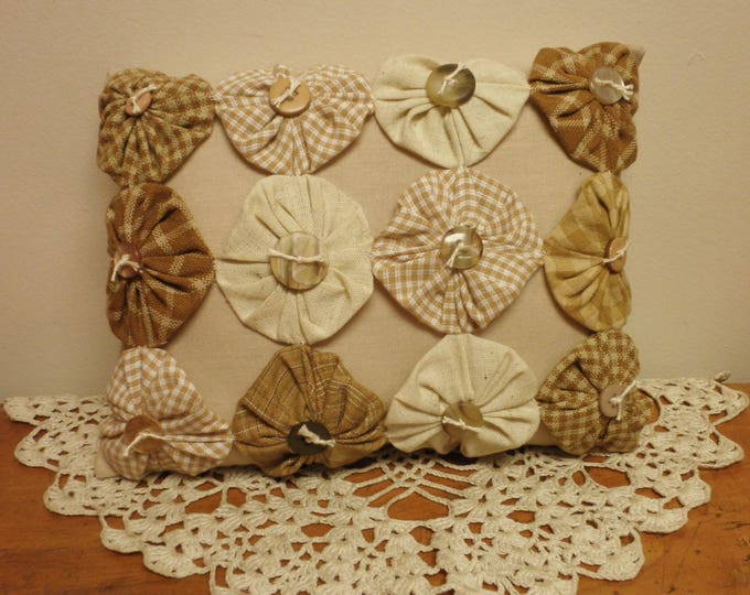 Yo Yo Pillow with Buttons | Primitive Accent Pillows | Handmade Country Farmhouse Pillows