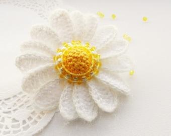 Crochet Daisy Flower Brooch - Crochet Marguerite - Yellow Daisy Brooch - Unique Gift
