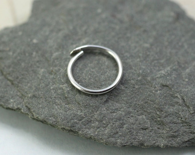 Silver Sleeper Hoop Earring Single 9mm Overlap Closure
