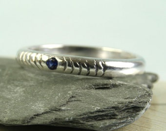 Silver Ring with Tiny Sapphire - Carved Concentric Circles | Gem Ring | Birthday Gift | Waves | Water Ring Blue Gemstone | Half round ring