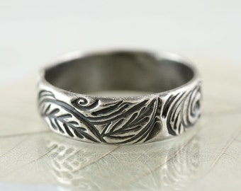 Silver Woodland Ring - Sterling Band Forest Wreath - Forest leaves   Handmade Leaf Ring   Nature Ring   Wedding Ring   Botanical Jewelry