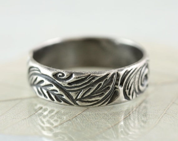 Silver Woodland Ring - Sterling Band Forest Wreath - Forest leaves | Handmade Leaf Ring | Nature Ring | Wedding Ring | Botanical Jewelry