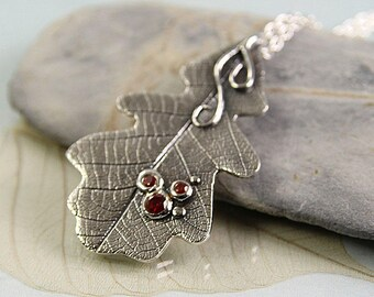 Oak Leaf Necklace, Silver Pendant with 3 Red Gems - Woodland Jewellery | Unique | OOAK | Gift for Her | Birthday gift | Druid Jewellery