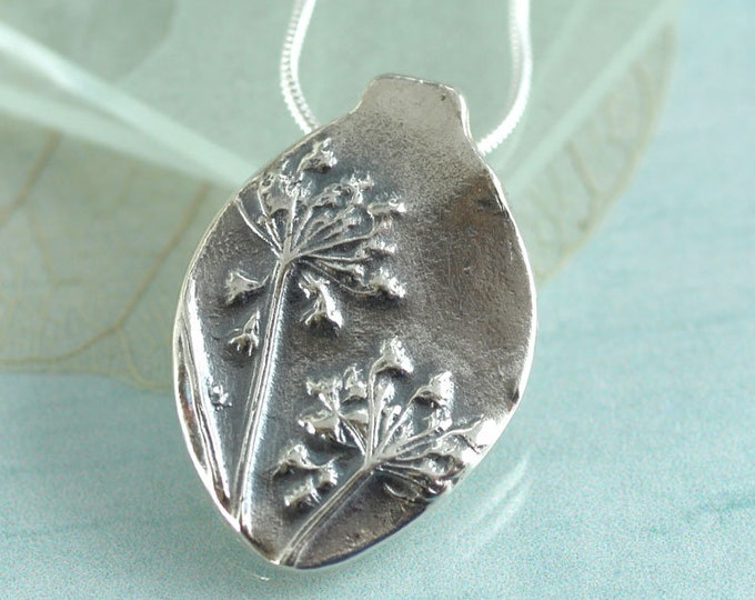 Silver Wildflower Necklace - Queen Annes Lace