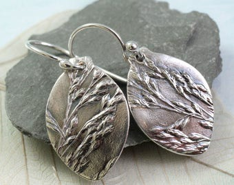 Silver Grass Impression Earrings Bud Shape