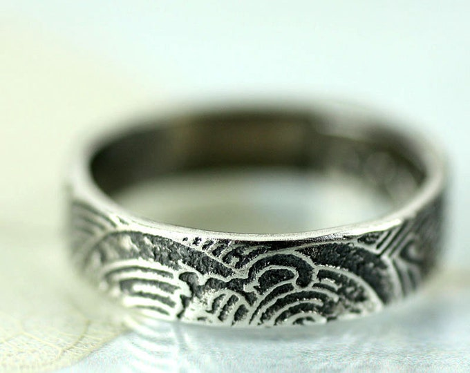 Silver Ocean Wave Ring Band