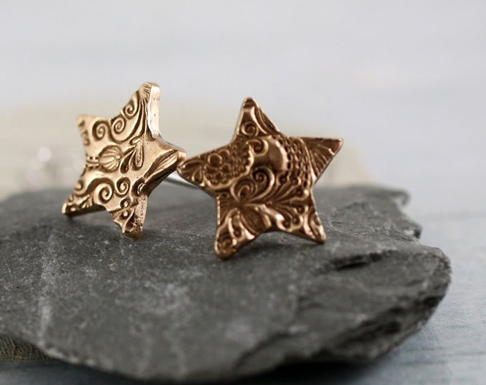 Bronze Star Stud Earrings - Swirls Flower Texture