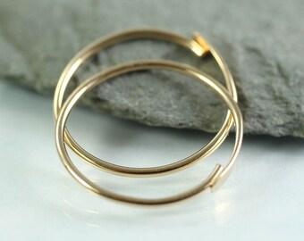 Gold Fill Hoop Earrings 18 mm - Simple overlap closure -  14k Gold Fill