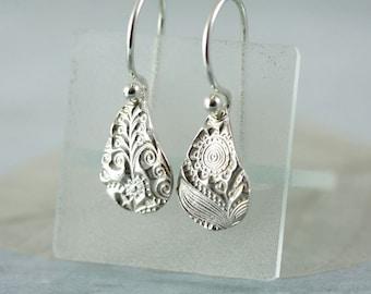 Fine Silver Earrings Flower Pattern Impression