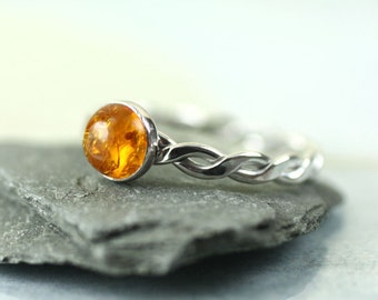 Amber Silver Twist Ring - Sterling Rope Ring with Golden Amber