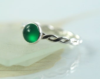 Silver Twist Ring with Green Onyx Sterling Stacking Ring