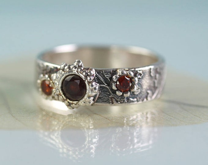 Garnet Silver Ring Unique Size Q