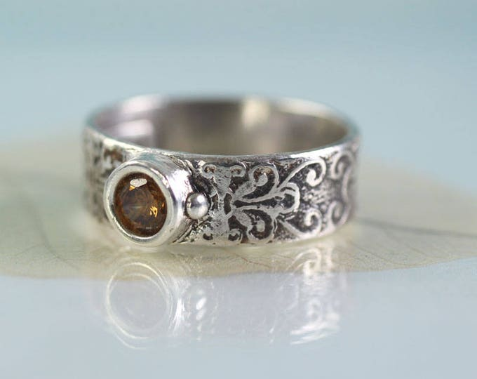 Silver Band Ring Filigree Pattern Unique Size S