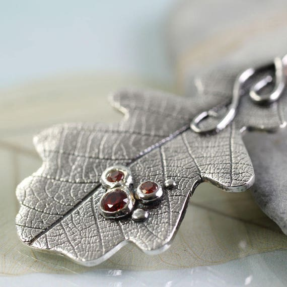 Oak Leaf Necklace, Silver Necklace with 3 Red Gems - Woodland Jewellery | Unique | OOAK | Gift for Her | Birthday gift | Druid Jewellery