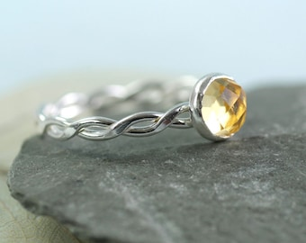 Silver Twist Ring with Faceted Citrine Gemstone in Golden Yellow | Rope Ring | Twisted Wire Ring | Celtic Ring | Stacking Ring | Gem Ring