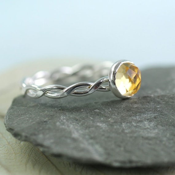 Silver Twist Ring with Citrine