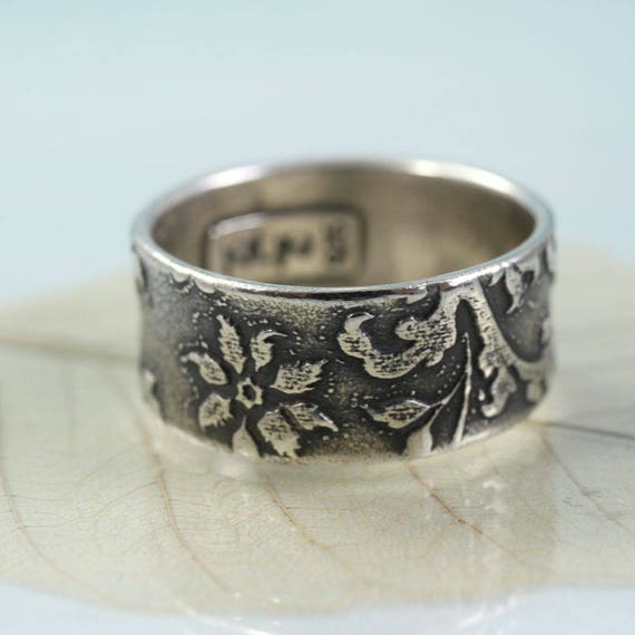 Wide Silver Ring Engraved Flower Pattern