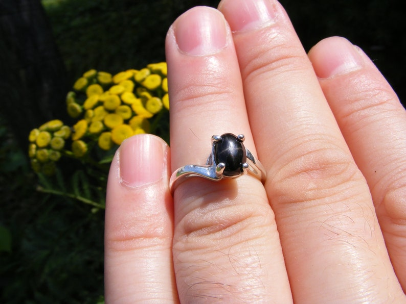 S191 Made to Order.. Sterling Silver Simple Twist Style Ring with 3 Carat Natural Star Diopside Gemstone