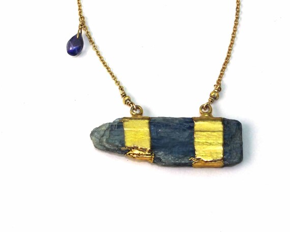 Boho Chic Kyanite Bar Necklace. 24k Gold Dipped Kyanite and Iolite Briolettes. Asymmetric Jewelry. NM-1758