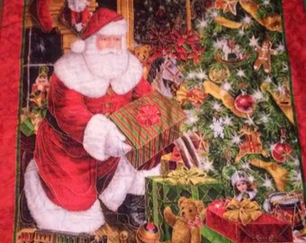 SANTA CLAUS Hand Quilted Wall Hanging