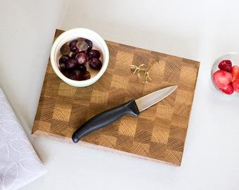 Mini End Grain Chopping Board - Fruit Cutting Board - Picnic - Chopping Block - Butchers Block - Smoothie Making - Cooking - Food Prep