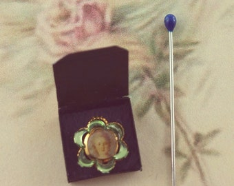 Scarletts...tiny locket brooch  for the Lady