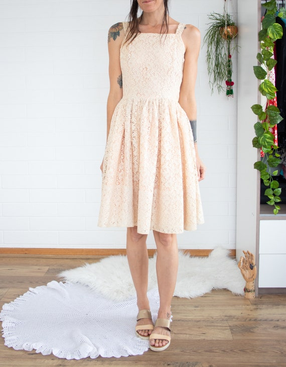 1950s lace dress, Full skirt 50s dress, XS