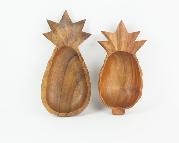 Pair of Wooden Pineapple Shaped Serving Bowls in Two Different Sizes Made of Kamani Wood