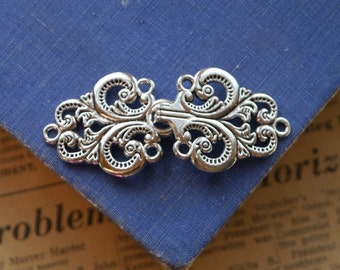 2 LARGE Sets Silver Scroll Work Pattern Toggle Sets (SF2900)