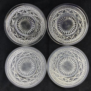 Cambridge Glass Co #40026 Cascade 11-12 Four-Footed Plate in Crystal in Excellent Lightly-Used Vintage Condition