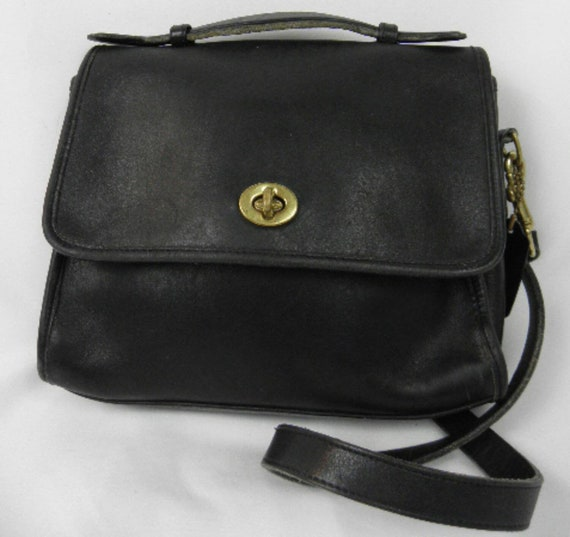 1990's Vintage Coach Willis Black Leather Crossbody Purse Bag