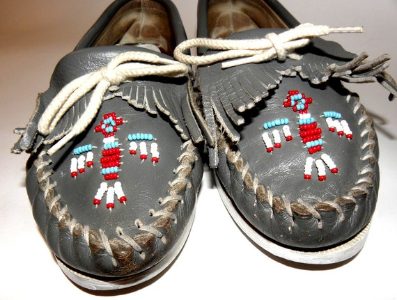 Minnetonka Beaded Blue Grey Leather Women's Moccasins Vintage Shoes Sz 6.5