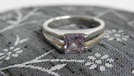 Vintage AMETHYST Sterling 925 Silver Women's Ring Size 7.5 ~ Princess Cut