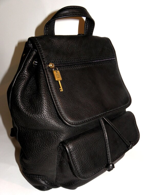 RARE FOSSIL Classic Black Pebbled Leather Vintage Backpack for Career School Shopping
