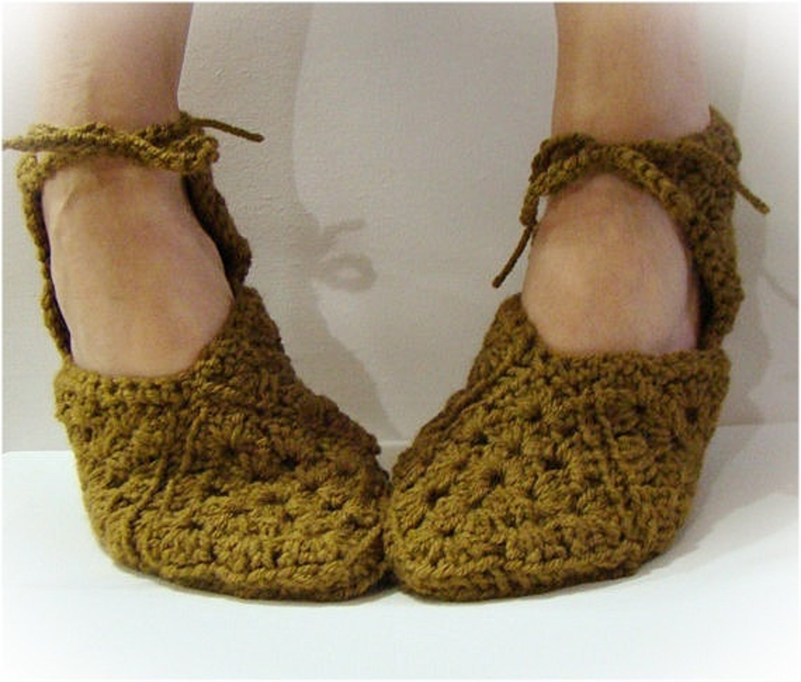 antique taupe slipper, granny square slippers, crochet slipper, women slipper, slipper with ties, ballet slipper, gladiator sand