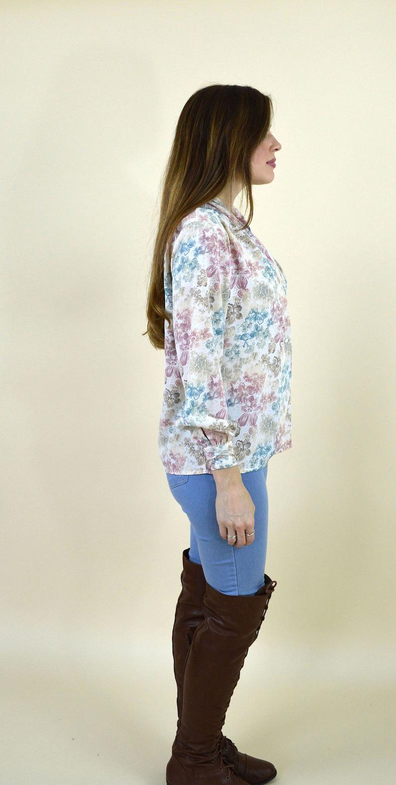 Size Small Mori girl top Vintage 80s cream and pink floral Spring Secretary wrap blouse long sleeve elegant ladies dress shirt