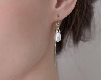 Pearl Threader Earrings, pearl earrings, pearl thread earrings, pearl threaders