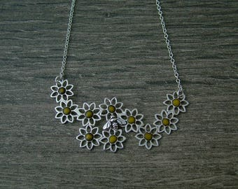 Sterling silver enamelled flower bee pendant.  Flowers and bee, nature