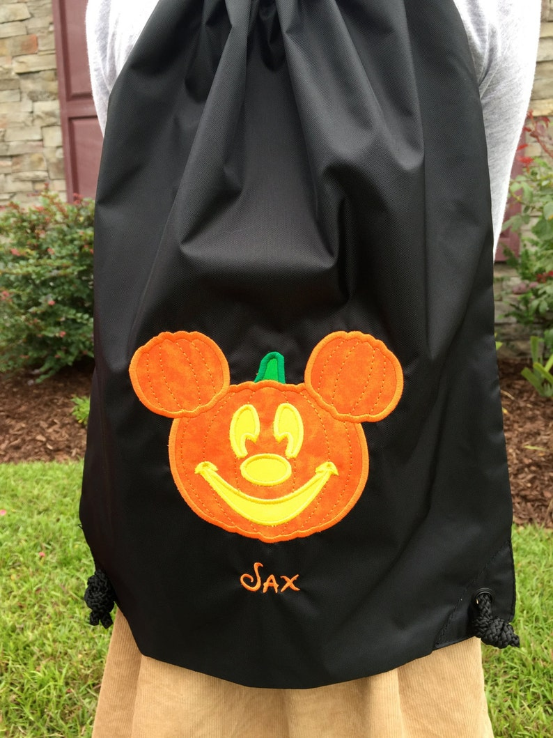 53e1328461 Mickey Pumpkin Halloween Draw String Backpack for Adults