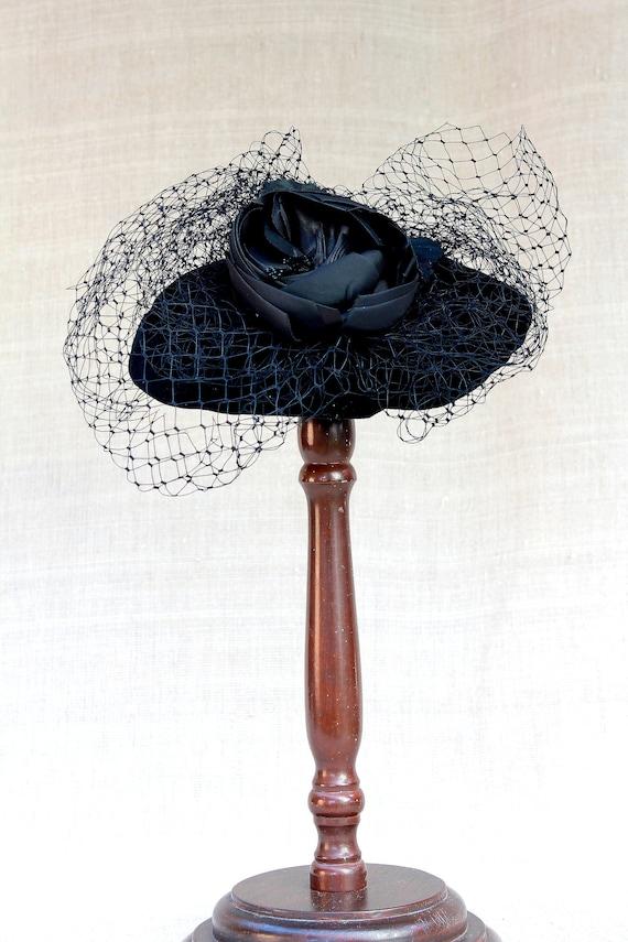Black Couture Fascinator, Cocktail hat, Derby Hat,