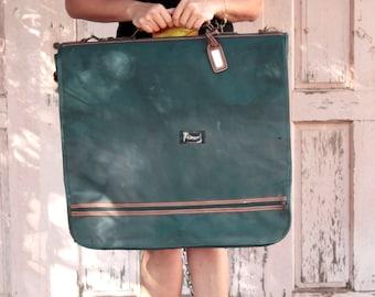 Ladies Weekend Bag, Big Green Bag, Green Travel Suit Bag, Faux Leather Bag, Vintage Bag, Journey Bag, Large Bag, Boho Bag